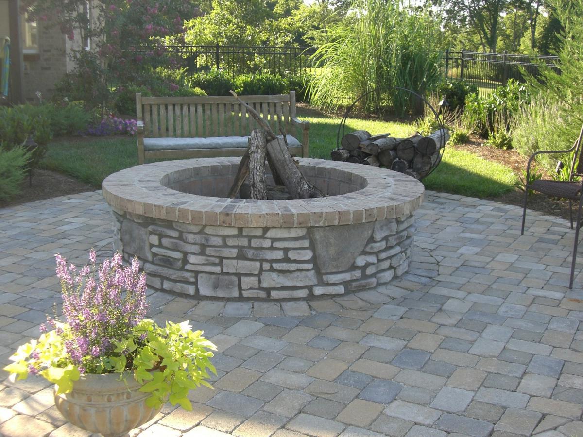 Fire Pits & Fireplaces - Swimming Pools & Backyard Resorts Backyard Living Nashville